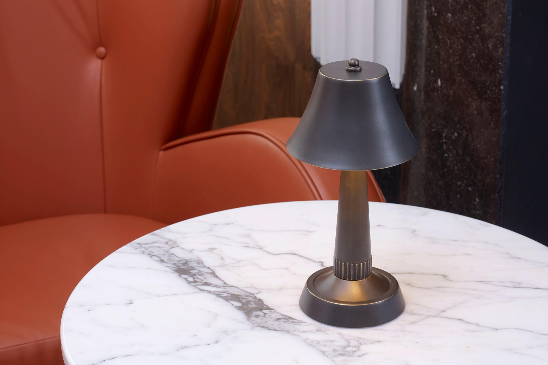 Mini Bourse cordless rechargeable table lamps for hospitality