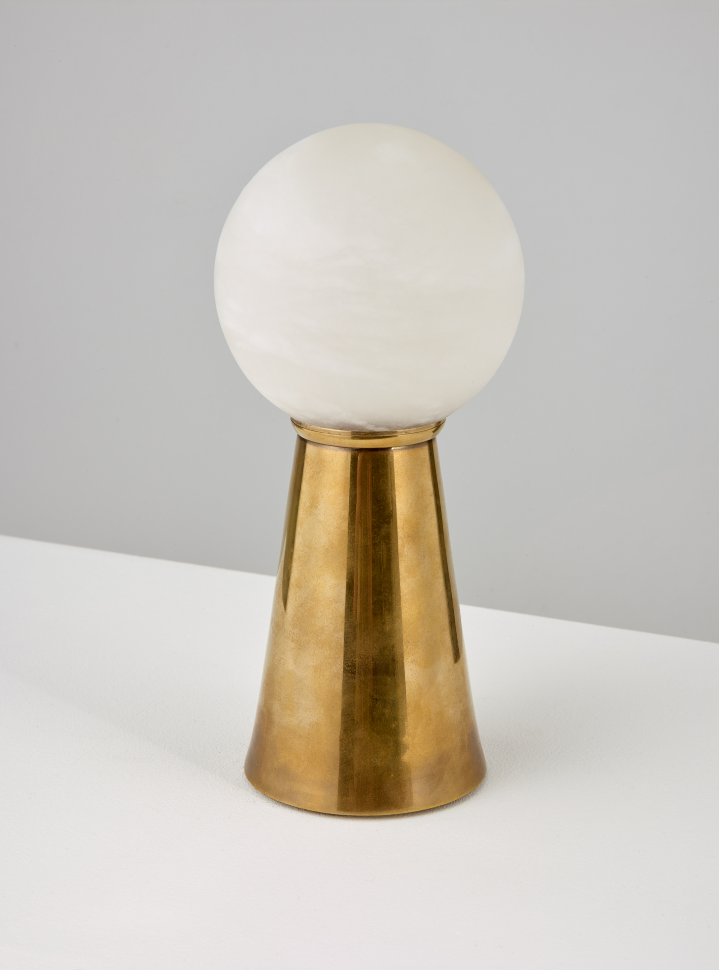 luxury rechargeable table light by Collier Webb